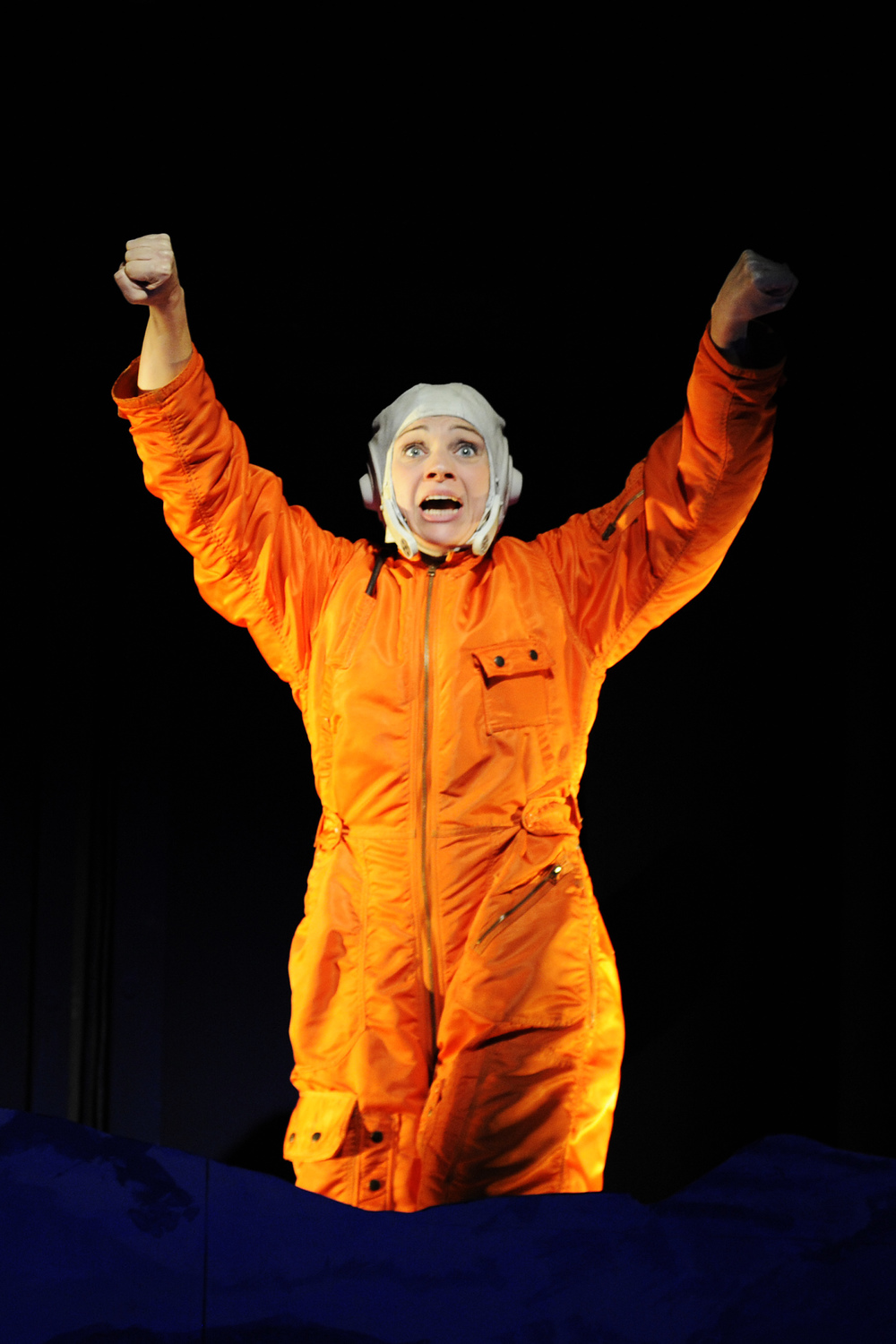 The Astronaut's Chair - Amanda Ryan as Valentina. Credit Nobby Clark.jpg