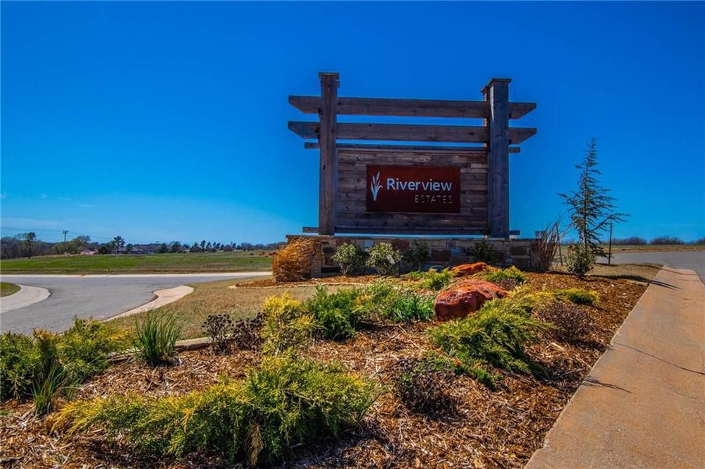 Riverview Entrance.jpg