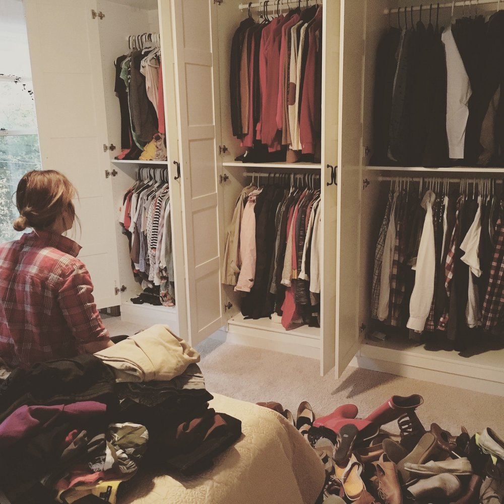 Why I Gave Up A Big Closet U0026 Created A Capsule Wardrobe