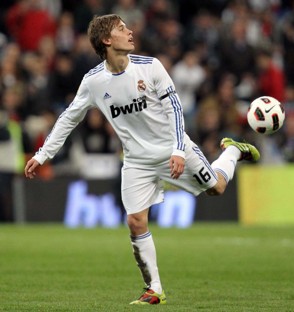 Canales at Real Madrid photo credit to http://www.sergio-canales.es/30/fotos-sergio-canales