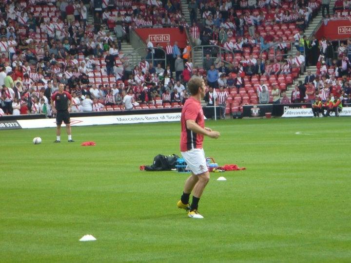 Rickie Lambert warming up for Southampton
