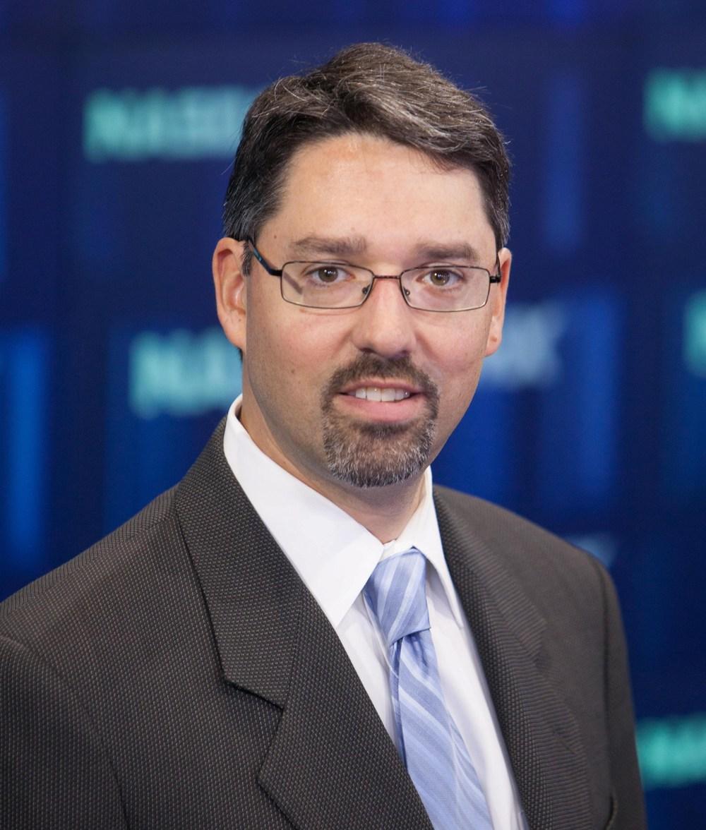 Jason Lindauer, Advisor