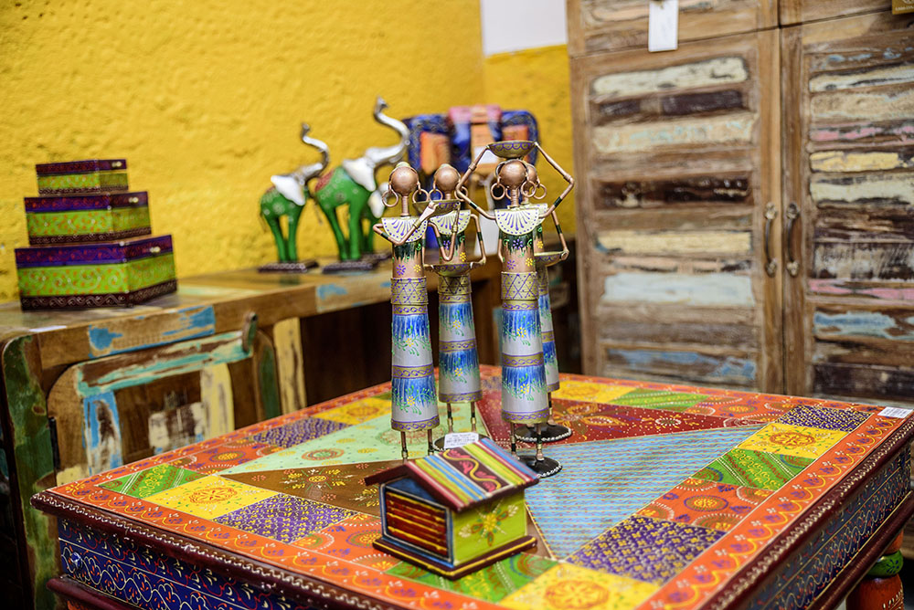 A huge range of handicrafts in our Casa Colonial section