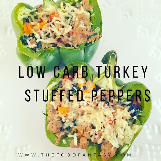 Low carb turkey stuffed peppers #lowcarb #lowcarbfood #thefoodfantasy #food #foodblogger #foodofinstagram #foodie #peppers #turkey #groundturkey #healthy #foodstyling #foodporno
