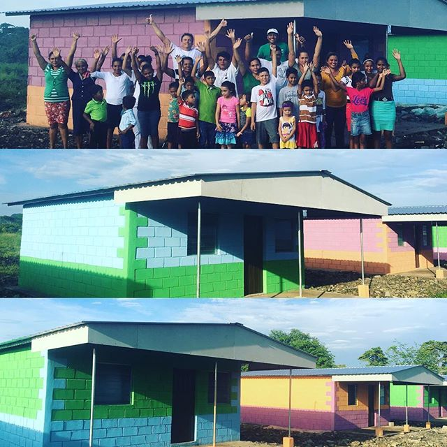 A special afternoon today as we celebrated finishing painting the new homes at Villa Nueva Esperanza!! #nicaragua #volunteer #givevolunteers #colormyworld #humber #togetherworkssociety #travelwithpurpose #jiquilillo #rotary