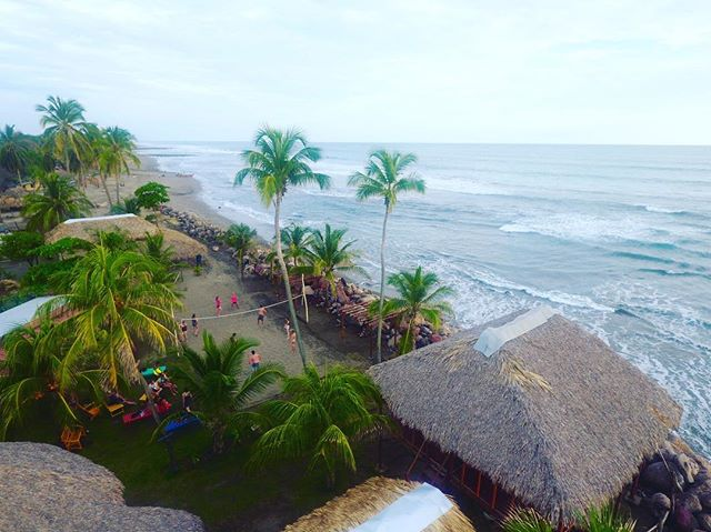 Afternoon activities @montysbeachlodge #volleyball #surf #yogaretreat #nicaragua #tropicalbeach #surfcamp