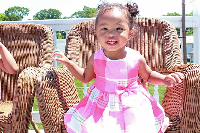 Livia Sit & Smile.jpg
