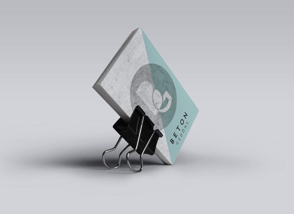 V_CARDS.png