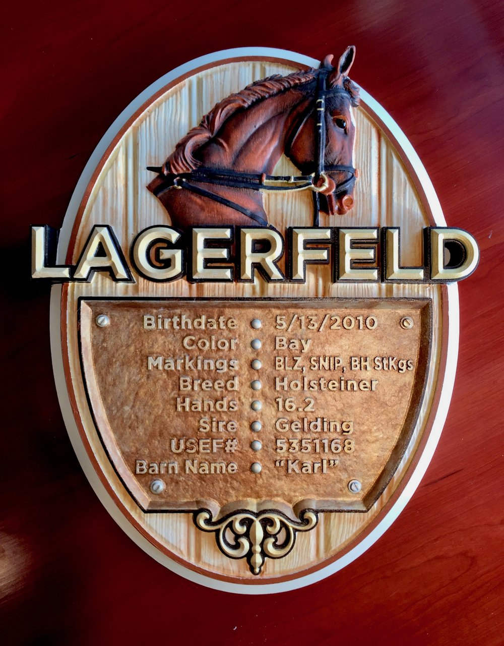 We just finished this custom carved sign in time for Christmas for one lucky little girl and her beloved horse Lagerfeld! I hope she enjoys receiving it as much as we enjoyed making it. We pulled out all the stops incorporatingan array of faux painting techniques along with fully carved models to create this stunning dimensionalsign
