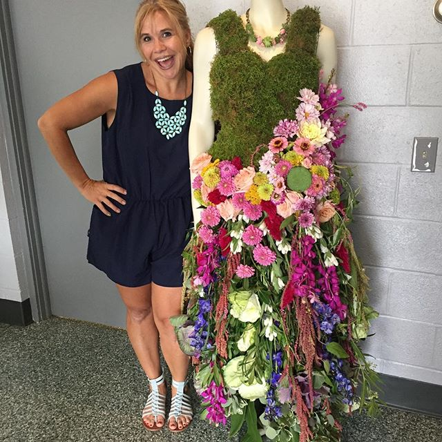 so proud of this chic + amazed by her mad skills! (grateful I have her on my team) 👏🏼 she created this dress made of all flowers & greens! — and to all you locals: come visit us at the shrewsbury flower show tomorrow: 1-5! #rosemaryandrust #flowerdress