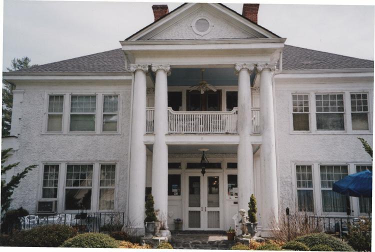 The Inn at Brevard (Breese House)