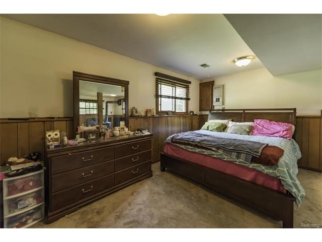 6520 CROFOOT Road, Iosco Twp 48843 - Bedroom