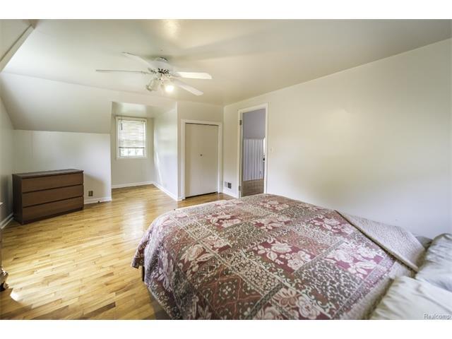 2418 MIDVALE Street, Ypsilanti Twp 48197 - Bedroom