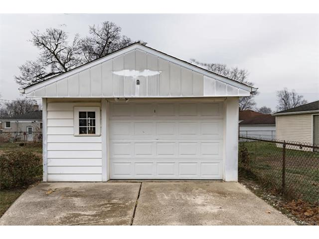 Garage - 4371 Myron Avenue, Wayne 48184