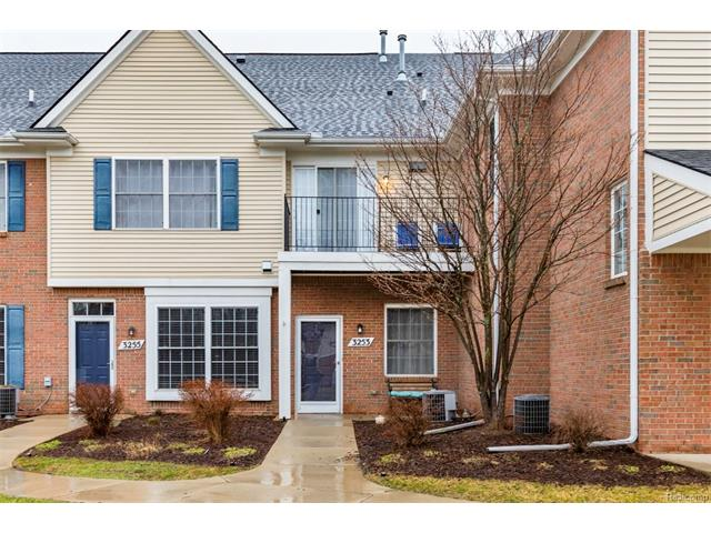 3253 Kneeland Circle, Howell Twp 48843 - Front