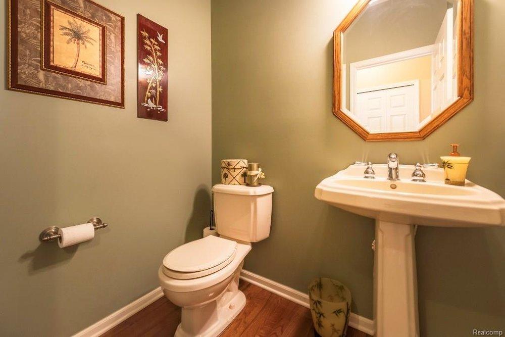 Bathroom - 9252 CHAMBORD Drive, Augusta Twp 48197