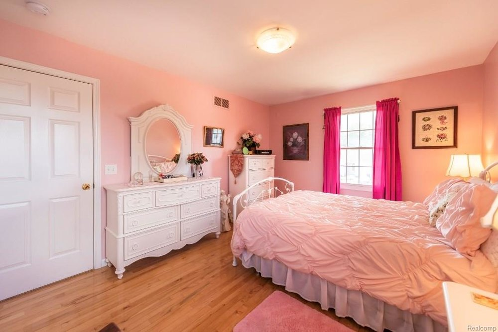 Girls Room - 341 ANN MARIE Drive