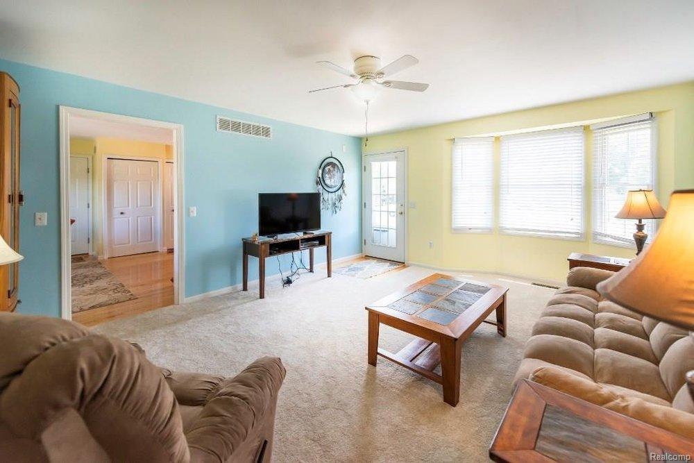 Buy a House - 341 ANN MARIE Drive
