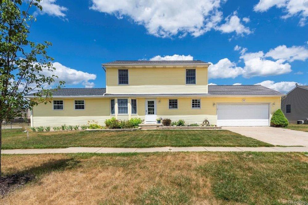 House For Sale - 341 ANN MARIE Drive