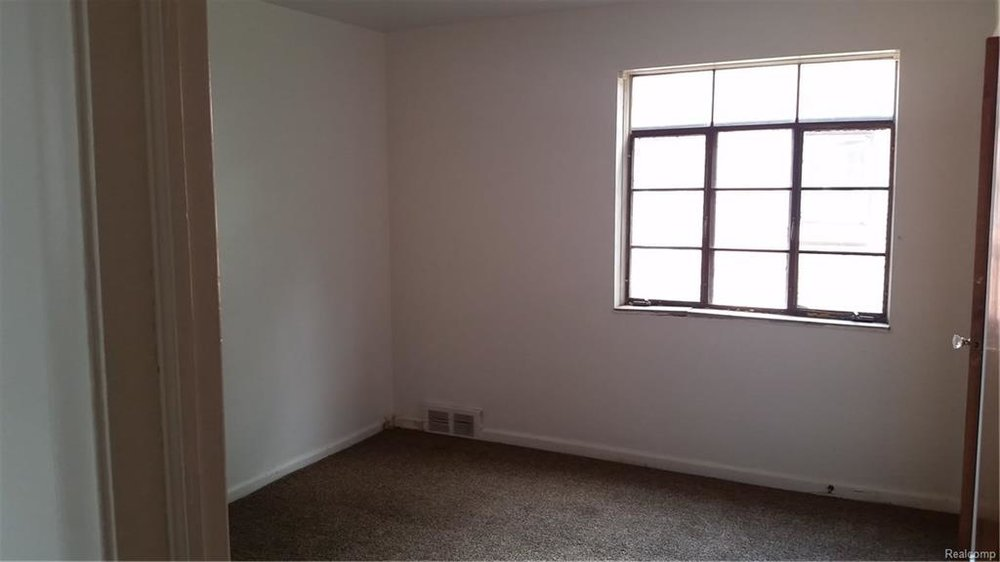 Bedroom 5.jpeg