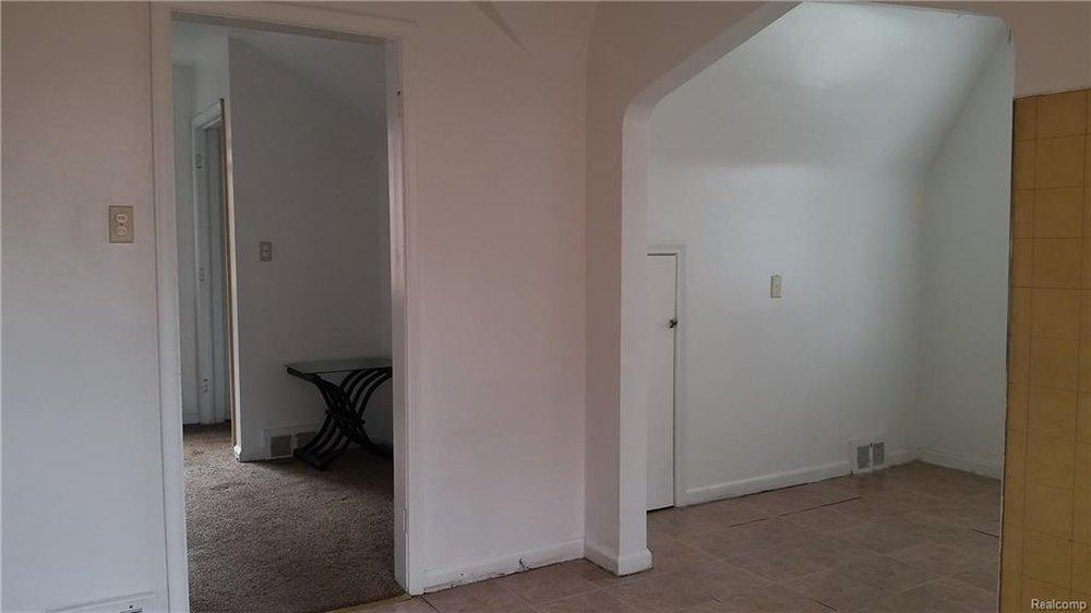 Bedroom 8.jpeg