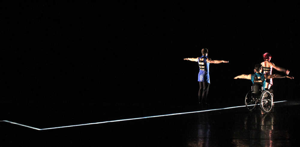 divide-axis-dance-company-allen-willner-lighting-right.jpg