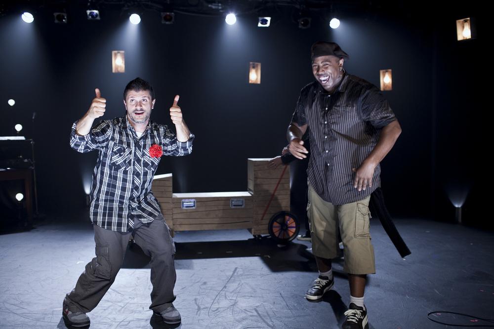 Stateless-dan-wolf-allen-willner-lighting-on-stage.jpg