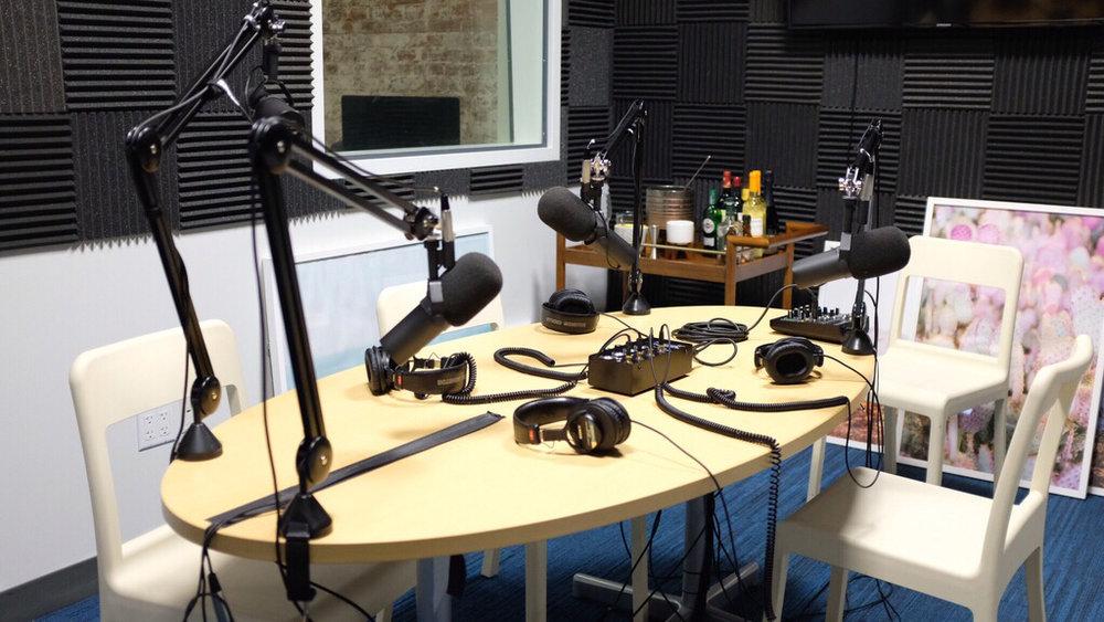 The Gizmodo Media podcast studio  Photo: CJ Dominguez