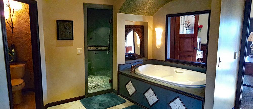 7502 Master Bath 300d.jpg