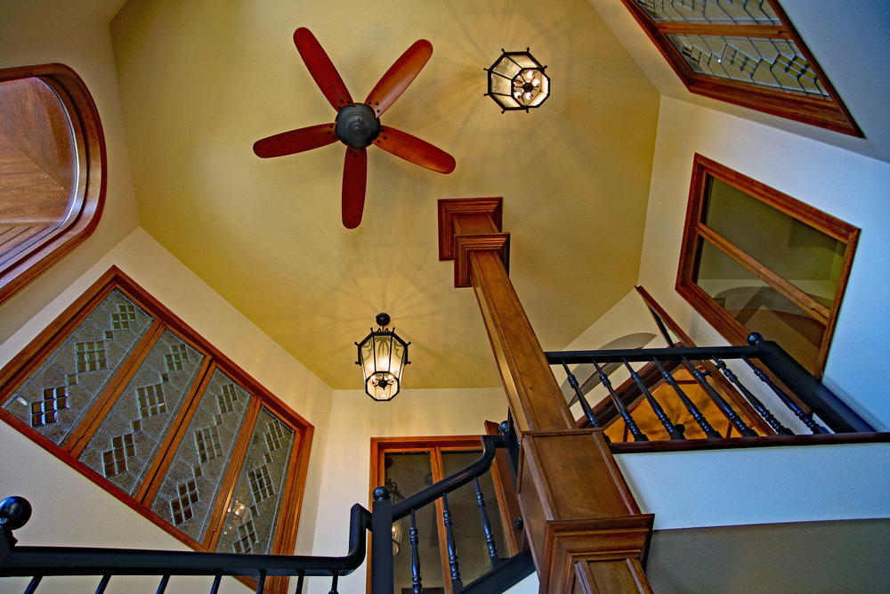 7502 Stairwell up 300d.jpg