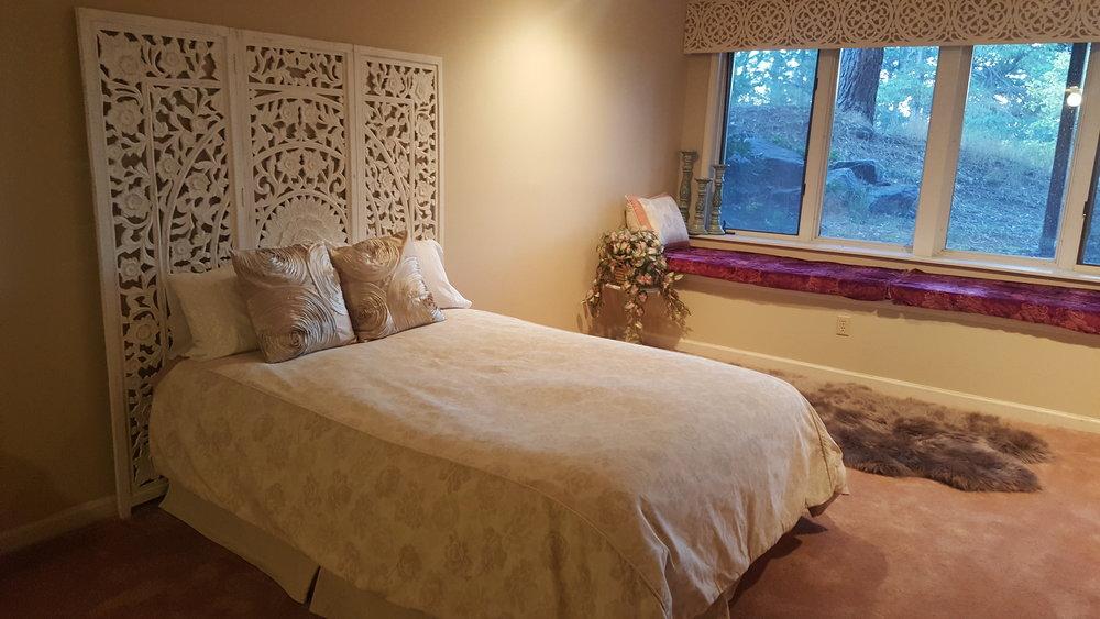 7502 Lower Level Bedroom g.jpg