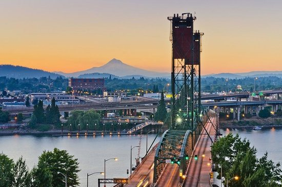 that's the bridge that connects Washington with Oregon, which is where Portland is