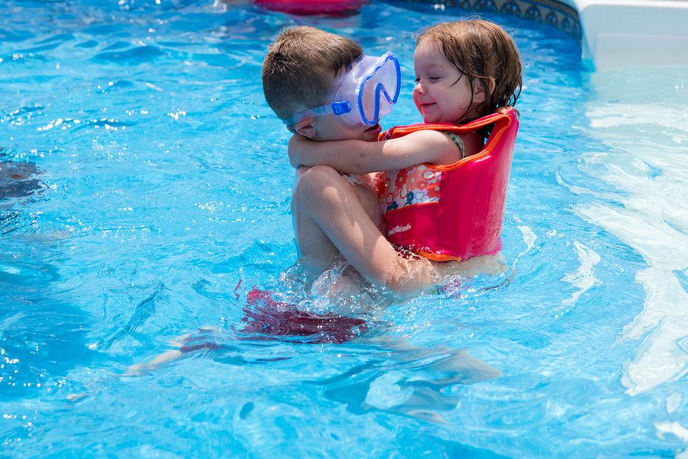 Lisa R. Howeler kids in pool