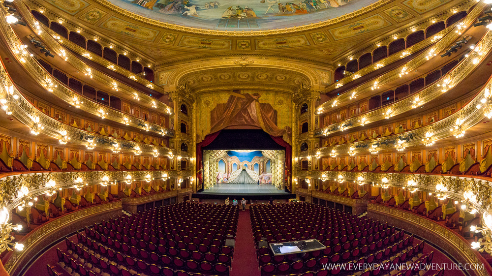 The stunningly gorgeous opera house, Teatro Colon.