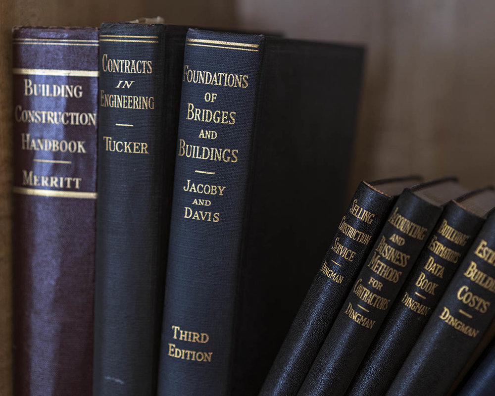 bridgebooks_museosilverrag_flat_8x10.jpg
