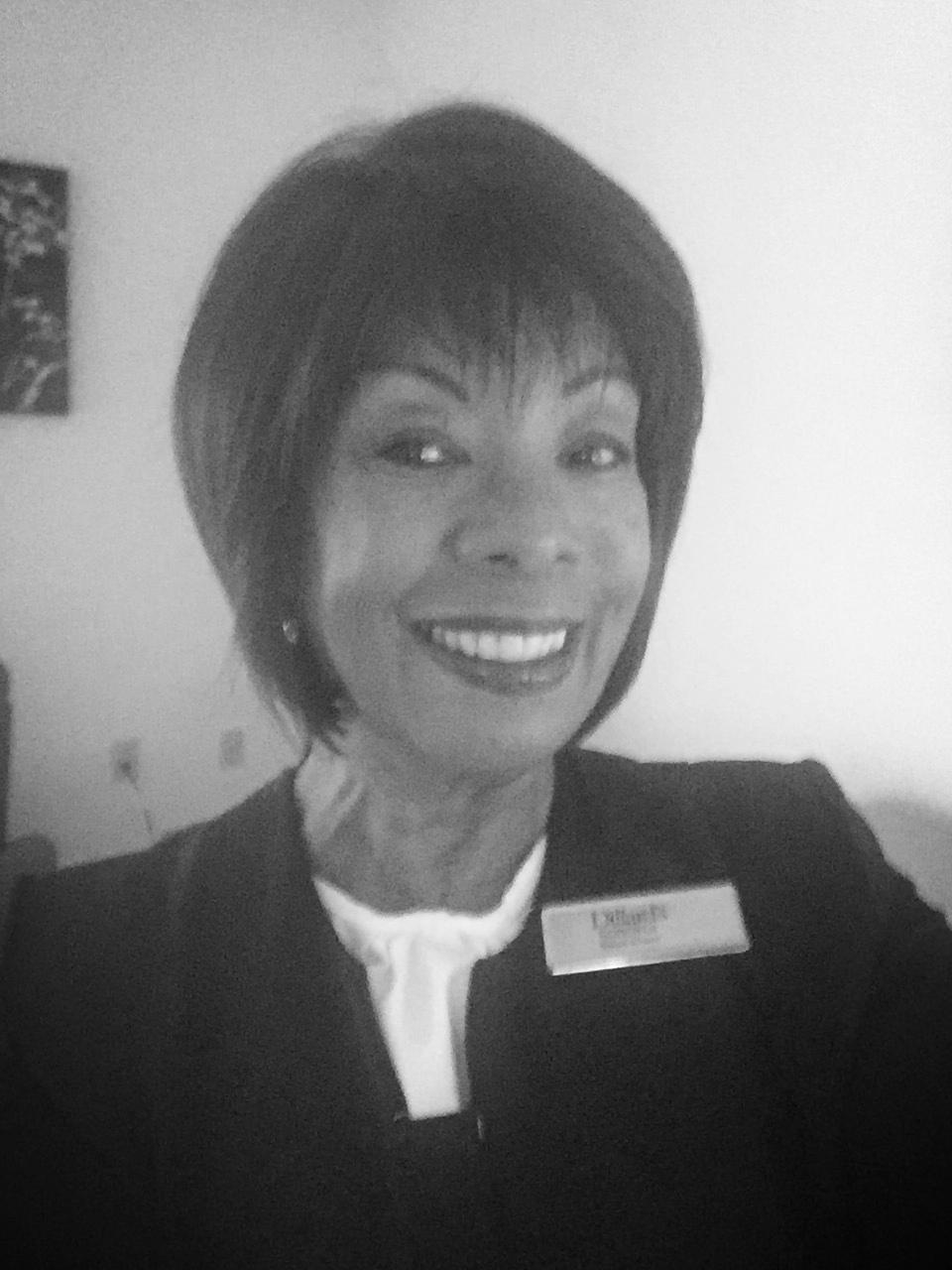 Roberta Pitman, Mom:  Advisor