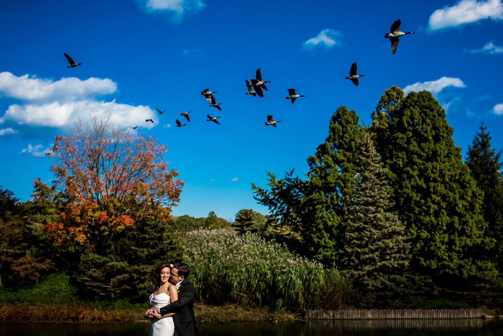 An outdoor wedding at Chicago Botanic Garden