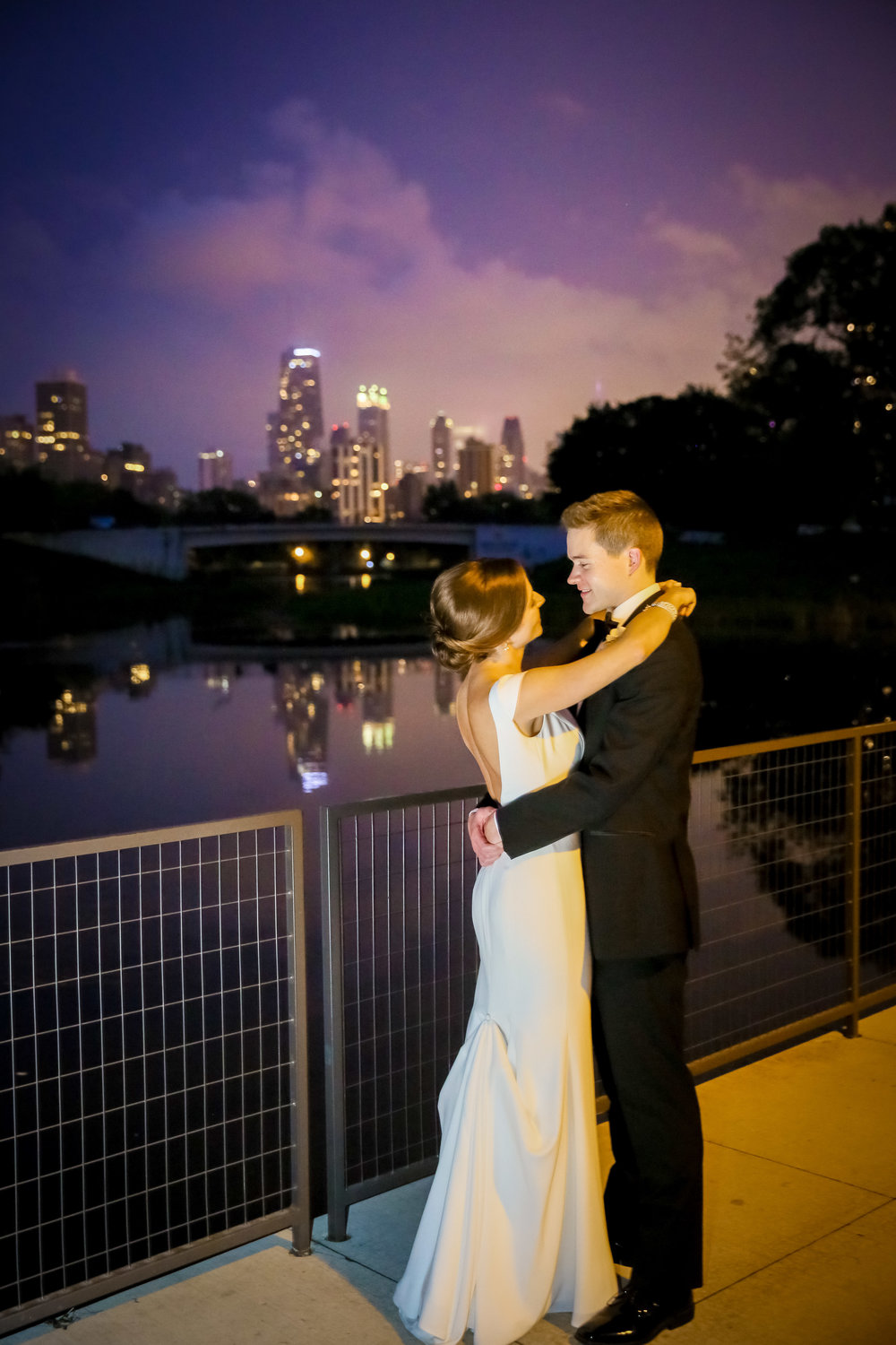 Chicago wedding couple at night
