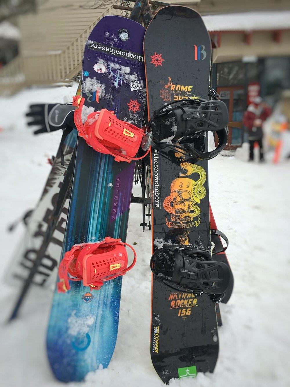snowboards-hotham