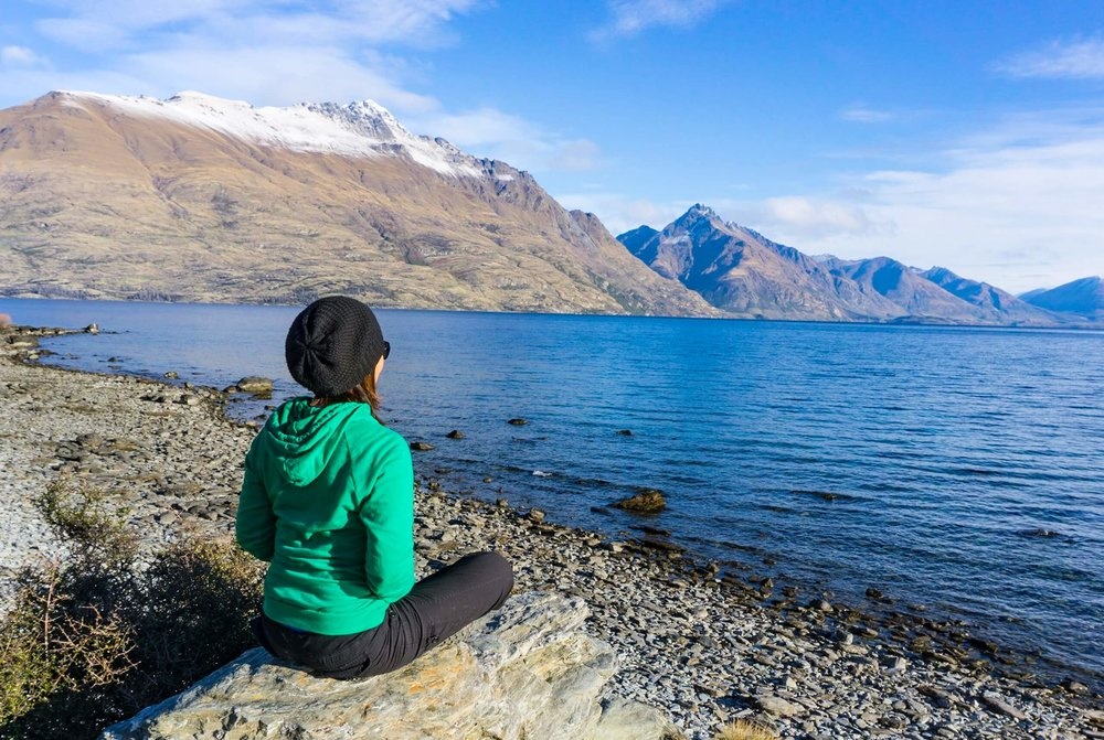 IT'S NICE TO HAVE THE TIME AND FREEDOM TO ENJOY MAJESTIC PLACES LIKE THIS - LAKE WAKATIPU, QUEENSTOWN.
