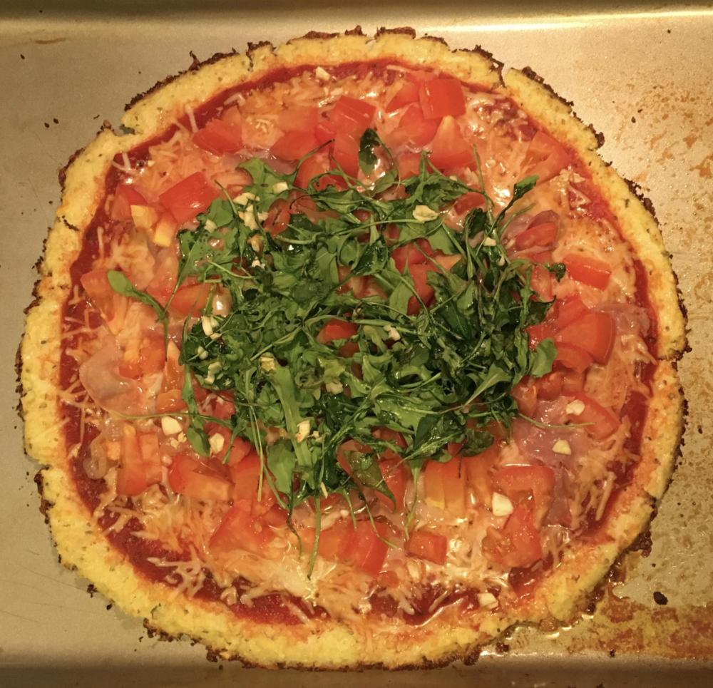 cauliflower-crust-pizza