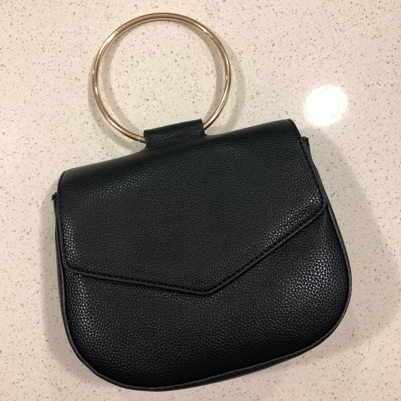 black hoop bag.jpg
