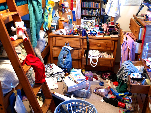 Declutter-your-home.jpg