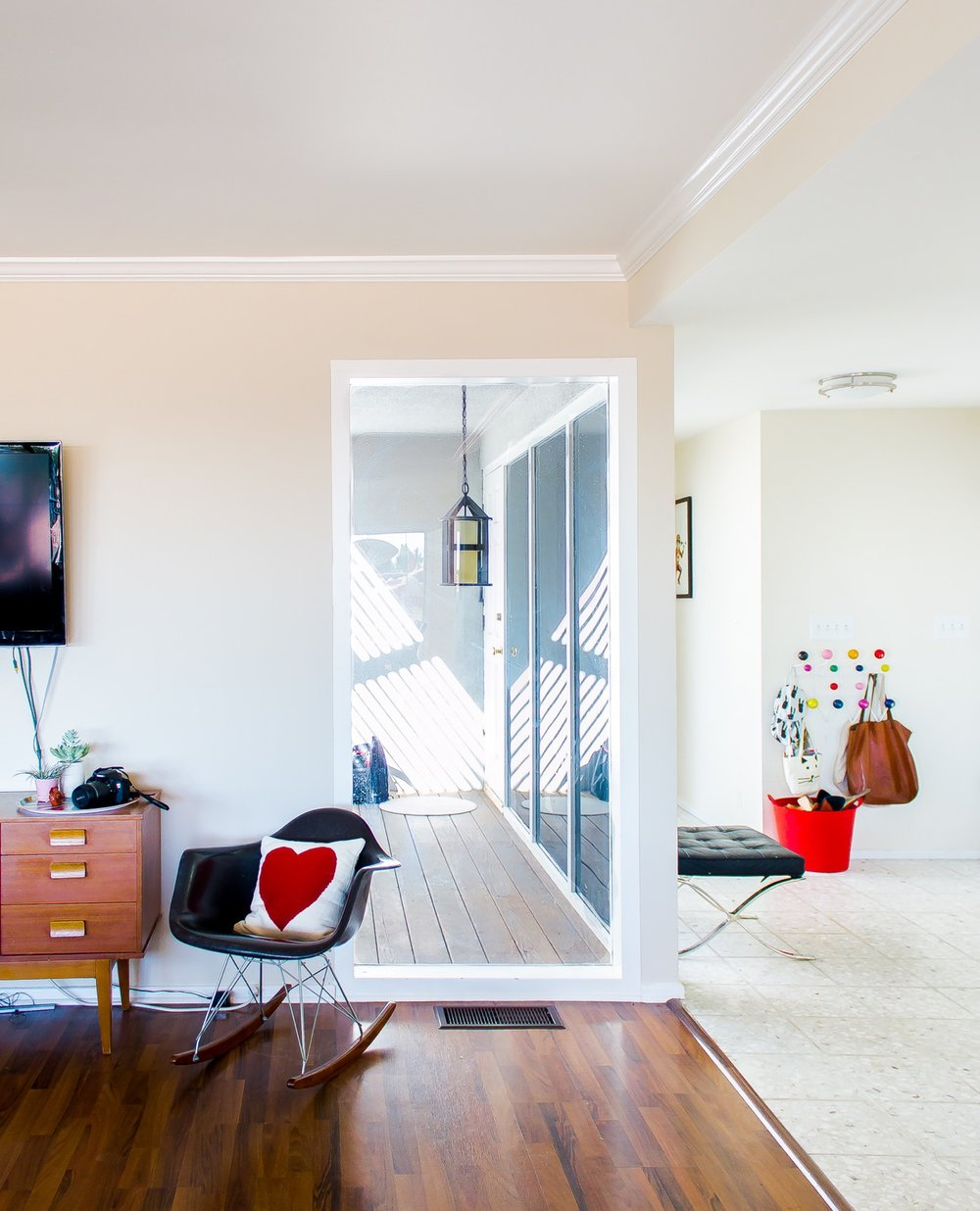 Danny Remender's Minimal California home for Apartment Therapy