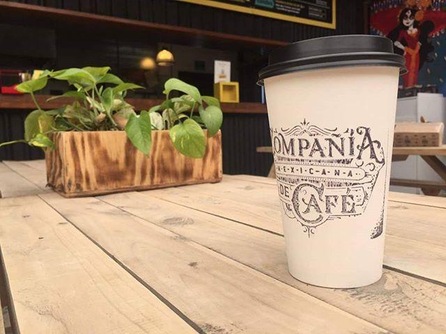 No somos una corporación desmedida. No vendemos estatus. Vendemos café. Verdadero café.  #cmc #compañiamexicanadecafe #coffeshop #coffetime #cafeteria #café #cdmx #mexicocity #ciudaddemexico #lucernacomedor #comedorlucerna #coffeelover #coffeeaddict #instacoffee