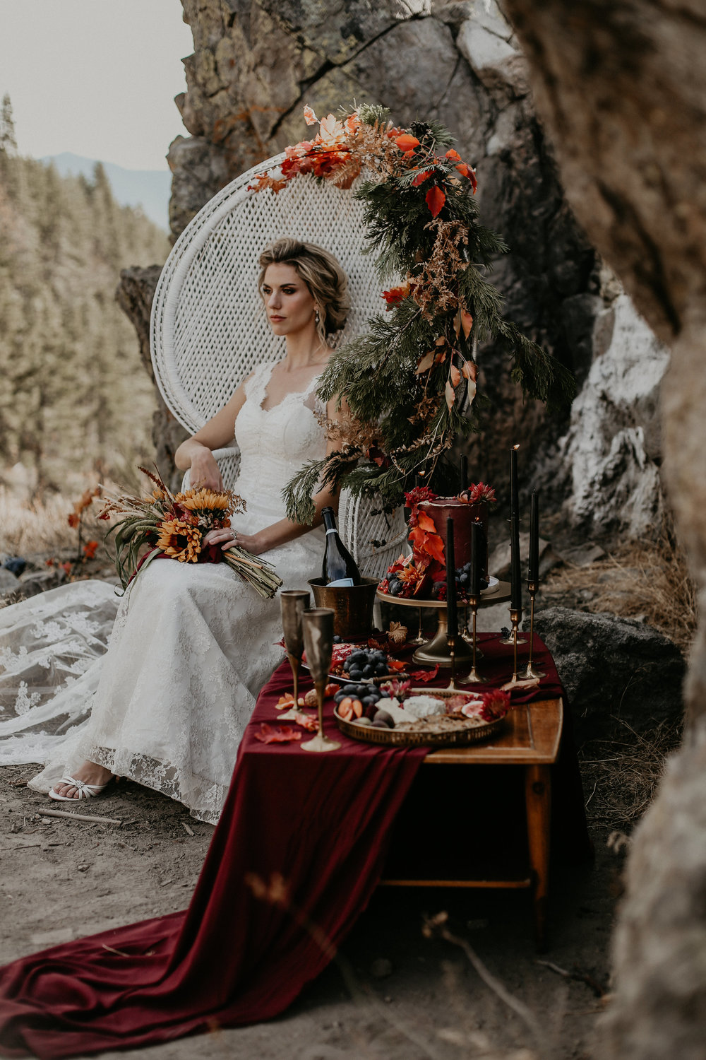 CREATIVE DESIGN, FLORAL DESIGN + STYLING FOR TAHOE UNVEILED MAGAZINE - FALL 2018 - PHOTOGRAPHY BY AUTUMN MARIE PHOTOGRAPHY