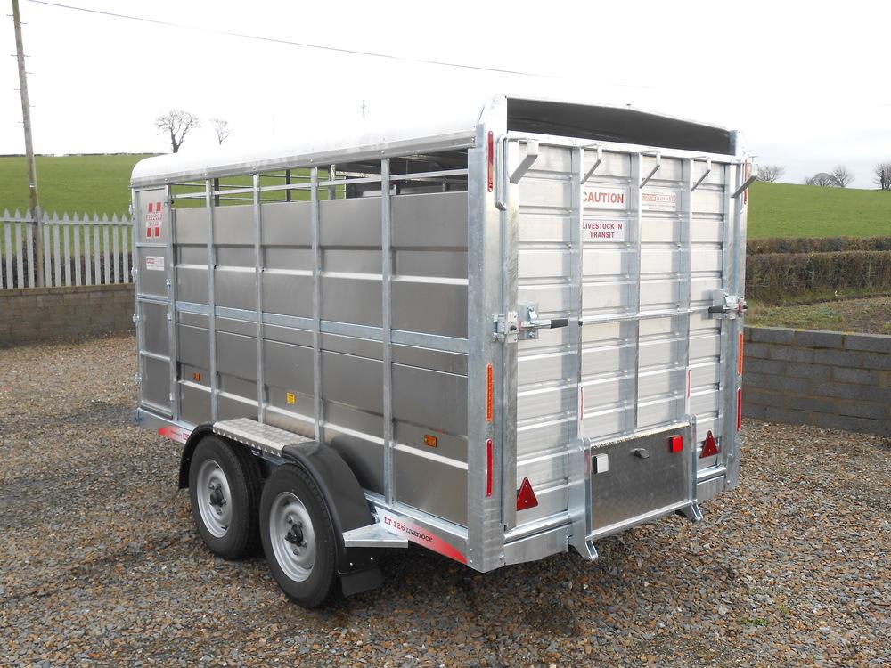 12x66-livestock-trailer