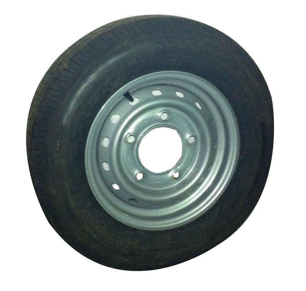 "14"" Tyre & Rim 175x14"