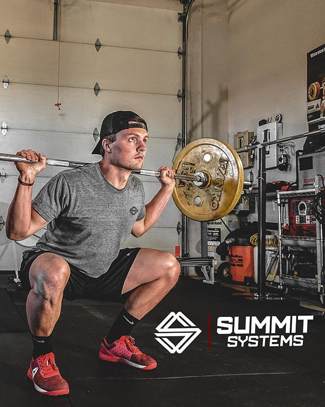 You punch the clock every time you hit the gym... half way through the week, how many hours have you logged? - Summer apparel still available! Pick it up before it's gone! #SummitSystems —————————————————— Tag us and show how you #punchtheclock ! —————————————————— #SummitSystems #PunchTheClock #AlwaysForward #GetAfterIt #humanimprovement #athleticperformance #chopyourownwood #stackyourdeck #newapparel #fall #EmpowerYourPerformance #MobilityWod #crossfit #OlympicLifting #powerathlete #NikeTraining #crossfit #Nike #ReebokCrossfit