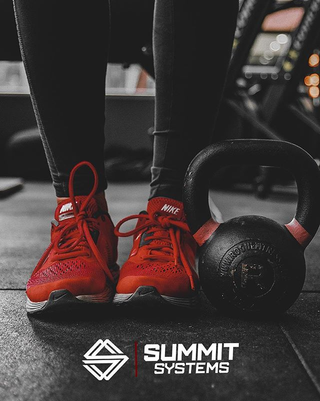 It doesn't take a lot of equipment to get a solid workout in. Pick up the axe.. #ChopTheWood  #SummitSystems —————————————————— Tag us and show how you #ChopTheWood ! —————————————————— #SummitSystems #PunchTheClock #AlwaysForward #GetAfterIt #humanimprovement #athleticperformance #chopyourownwood #stackyourdeck #newapparel #fall #EmpowerYourPerformance #MobilityWod #crossfit #OlympicLifting #powerathlete #NikeTraining #crossfit #Nike #ReebokCrossfit